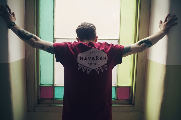 Dave wears the 'Home' T-Shirt in red/large.  www.navarah.com