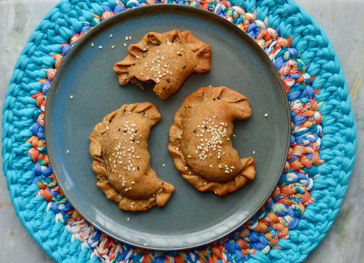 Empanadas med palmehjerter og brune svampe