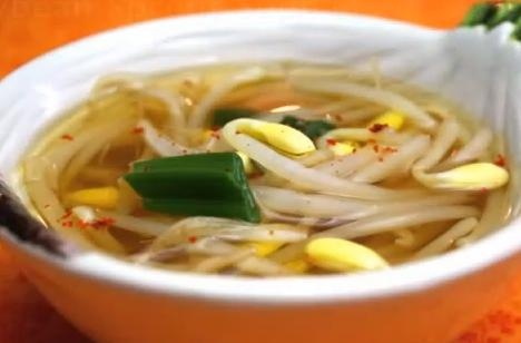 KoreanBean Sprout Soup Recipe Video by aeriskitchen.  Takes me back to my college days.
