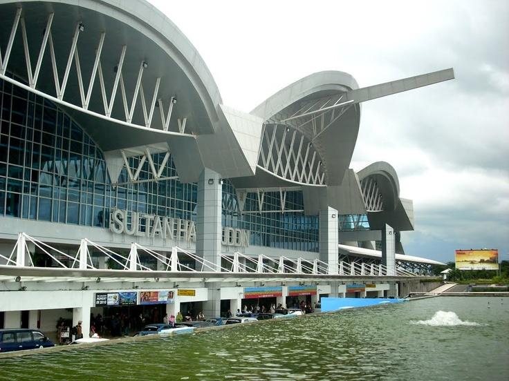 Pandora Hitam: Murah Tapi Tidak Murahan : Bandara Sultan Hasanuddin