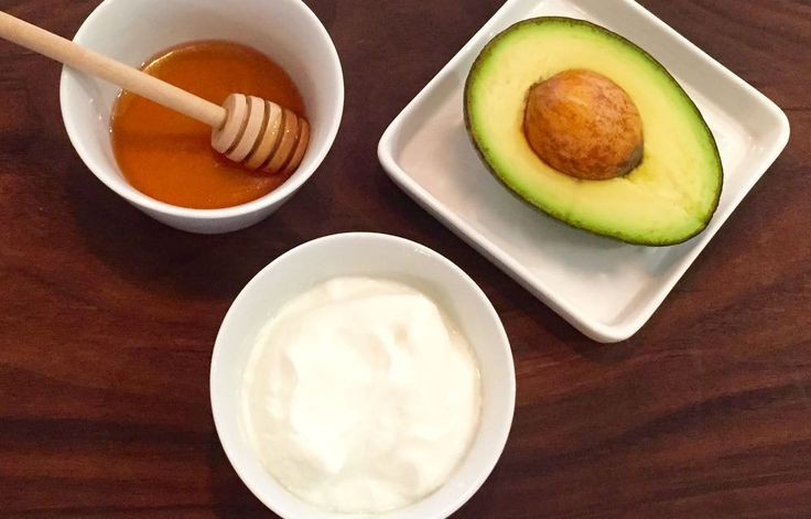 Avocado And Yogurt With Raw Honey Face Mask