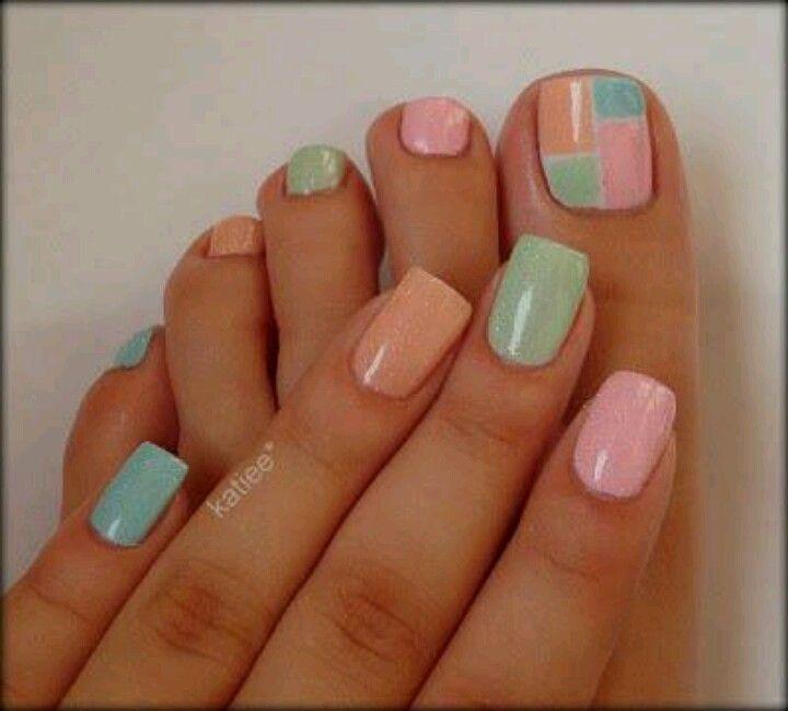 Uñaa pies y manos colores pasteles