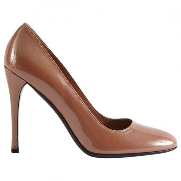 Pre-owned Prada Patent Leather Court Shoes ($209) ❤ liked on Polyvore featuring shoes, pumps, brown, women shoes heels, pre owned shoes, patent leather shoes, brown patent shoes, brown shoes and brown pumps