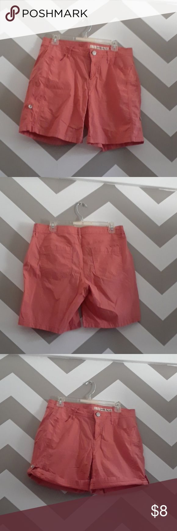DKNY Jeans coral shorts Coral cotton shorts five pockets and tab roll up legs. Smoke-free home. Dkny Shorts