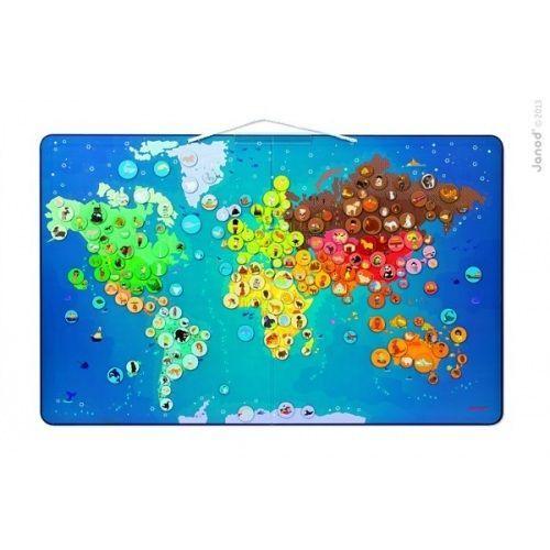 Vie Vaše dieťa, kde aké zvieratko žije? Na ktorom póle žijú tučniaky?  Chcete aby sa mu aj ďalšie zemepisné pojmy navždy vryli do pamäti? Zaobstarajte mu veľkú mapu sveta s množstvom zaujímavých detailov a naučte ho zemepis hravou formou! Krásna magnetická drevená mapa sveta obsahuje 201 magnetiek, kde každá z nich má na mape svoje miesto. Magnetky sú zároveň farebne odlíšené podľa kontinentov. Obrázok charakterizuje dané miesto na mape. Mapu je možné zavesiť na stenu, čím sa stáva…