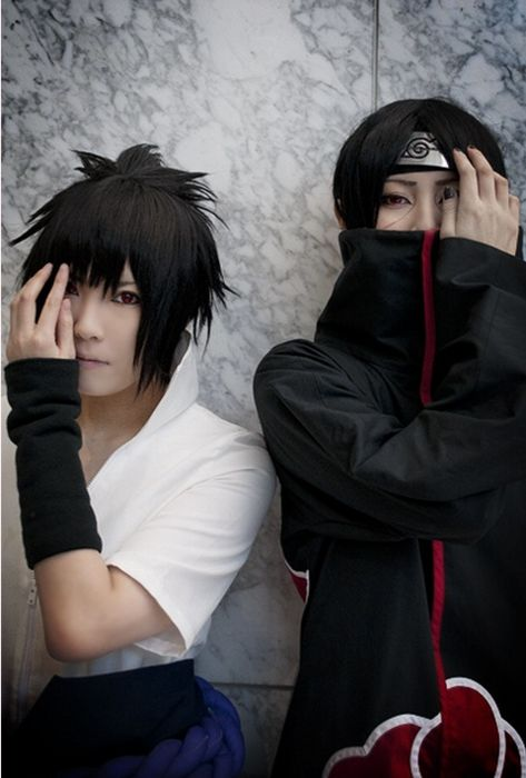 Uchiha Brothers; Itachi and Sasuke cosplay  - Naruto