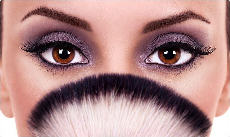 Makijaż z kuracją kosmetyczną. Sprawdź na naszym blogu: http://blog.elarto.pl/poradnik/makijaz-z-kuracja-kosmetyczna/