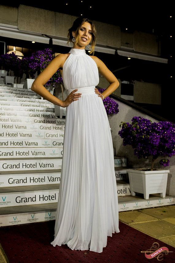 Pleated Wedding dress Simple wedding dress Casual by Tonena