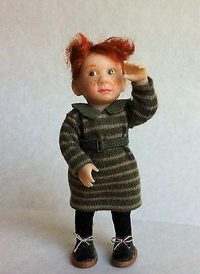 D/house Miniature Catherine Muniere Little Girl 1/12th