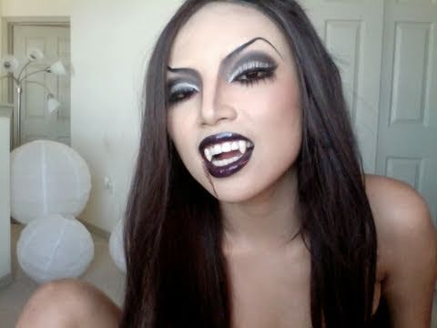 How to make Sexy Vampire Princess Make-up step by step DIY tutorial instructions, How to, how to make, step by step, picture tutorials, diy instructions, craft, do it yourself