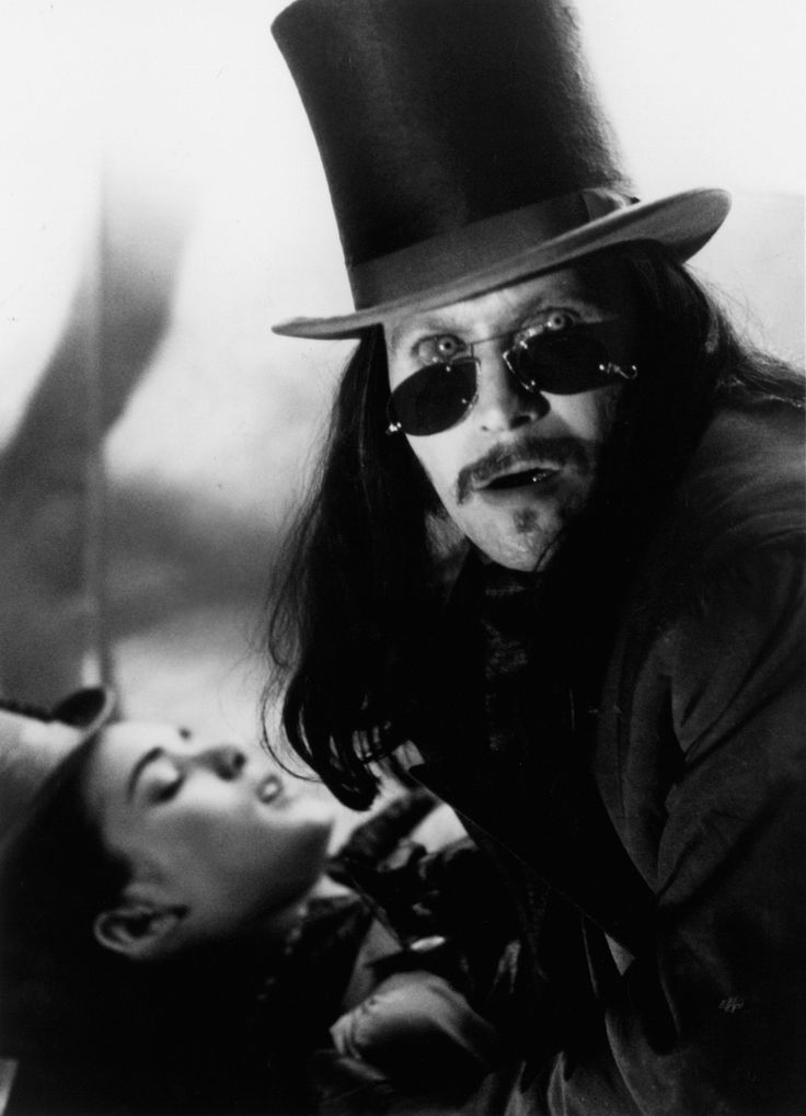 How an Apocalypse Now Poster Led to Oscar-Winning Costumes for Bram Stoker's Dracula