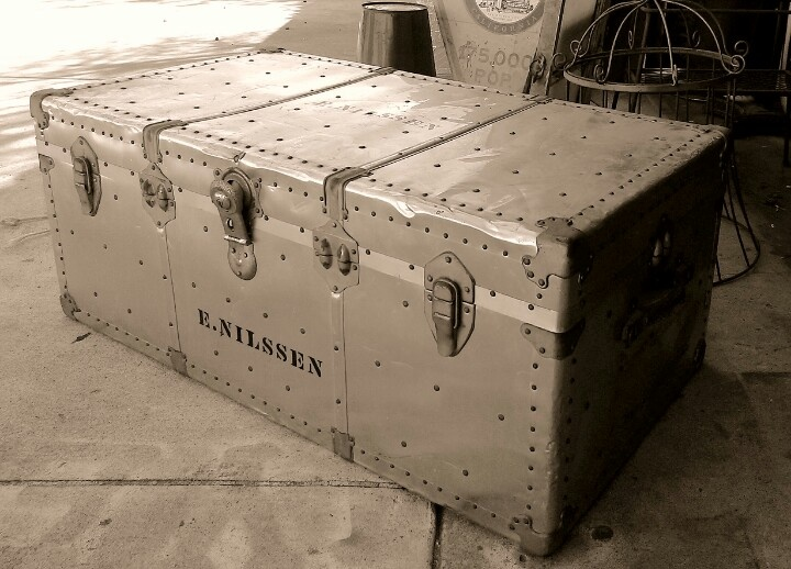 Vintage Aluminum Steamer Trunk Coffee Table Mmd Antiques Pinterest Trunk Coffee Tables