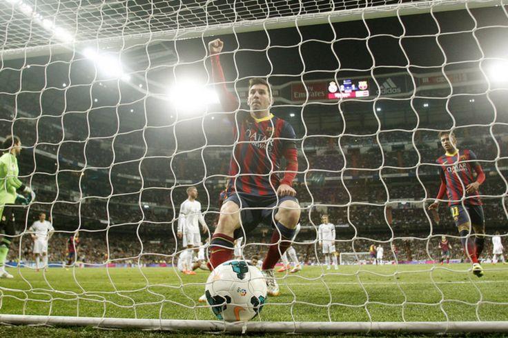 3-4: El Barça reaviva la Liga tras ganar en terreno del Madrid
