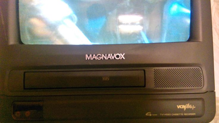 "Magnavox 13"" TV VCR Combo CCT13"" 4AT-02 Tested All Functions Works Great #Magnavox"