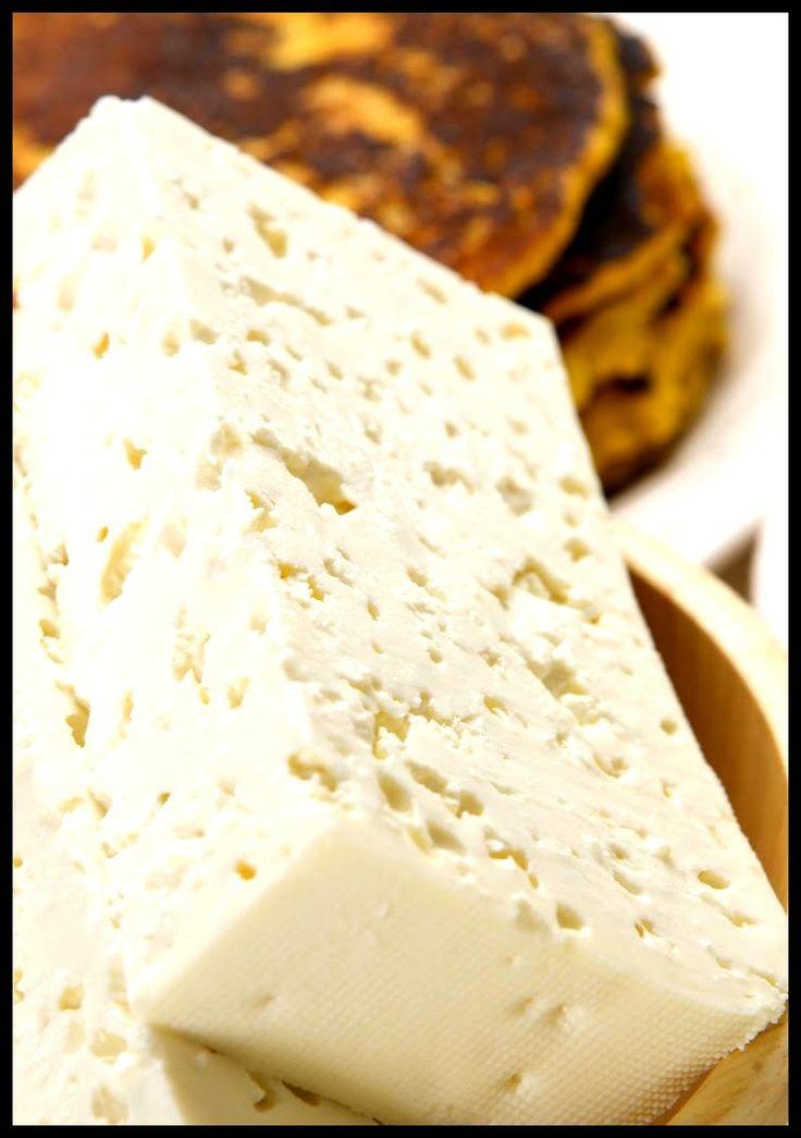 Delicioso queso llanero hecho por manos de artesanos de Venezuela. Gastronomía típica venezolana
