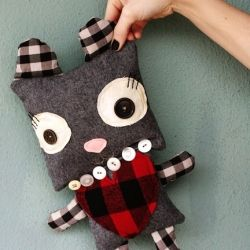 You should spend some time at your sewing machine this winter, making some of these cute projects.