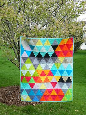triangle mania quilt: Quilts Inspiration, Solid Colors, Baby Quilts, S O' T A K Handmade, Triangles Victorious, Handmade Soaps, Sotak Handmade, Bold Colors, Triangles Quilts