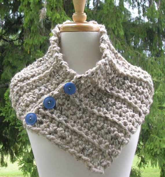 Knit Scarf Pattern With Button Hole : 34 best images about neck warmers on Pinterest Ravelry, Knitting patterns a...