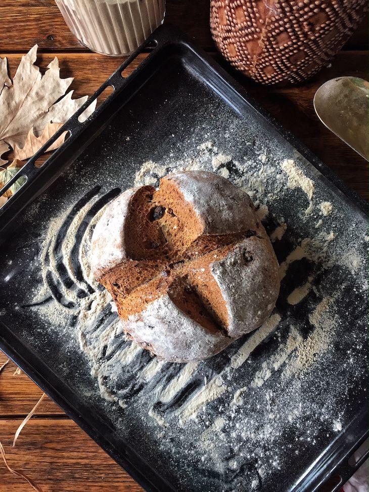 Gamze Mutfakta: Kestane Ballı & Karabuğdaylı Sodalı Ekmek