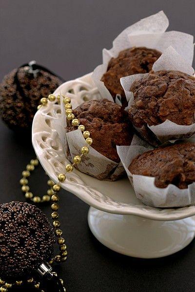 Muffinki czekoladowo - bananowe z orzechami