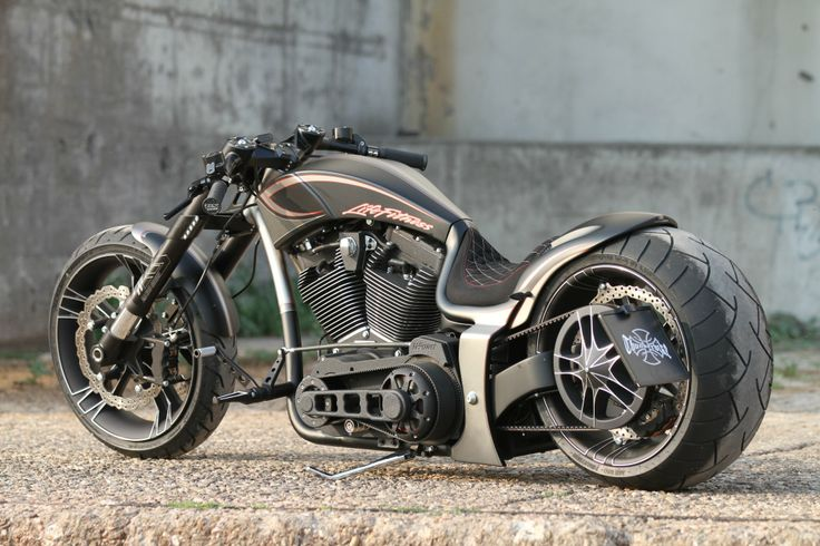"""Our latest #Thunderbike Dragster RSR """"Life Fitness"""" with Monoblock custom wheels"""