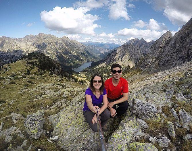 POST NOVO! Já está no ar mais um post sobre a nossa road trip pela Espanha!  Desta vez é hora de falarmos sobre Aiguestortes i Estany San Maurici um parque nacional lindíssimo localizado na região de La Vall de Boí em meio aos Pireneus.  O post completo você encontra em http://ift.tt/1ZbGH4z  #pegadasnaestrada #trilha #trekking #hiking #trilhando #trilhandoeseaventurando #trilhaserumos #aventuras #natgeotravel #nature #natgeo #naturezaperfeita #northface #trilheirasdobrasil #trilhandotrilhas…