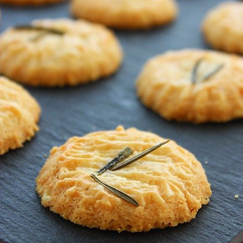 These Parmesan Biscuits are so easy to make, they're sure to become your new favourite happy hour snack!