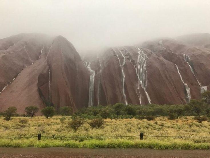 Uluṟu-Kata Tjuṯa National Park/Facebook