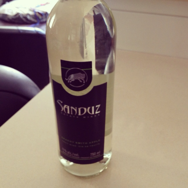 Sanduz green apple wine is amazing!!