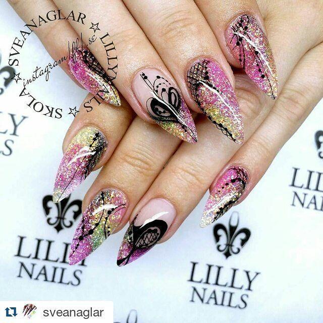 #Repost @sveanaglar with @repostapp  Lilly Nails Sparkling Glitters and Onyx Rock Gel. www.lillynails.se . . #sveanaglar#lillynails#nails#nailart#naglar#gelnails#gelenaglar#gelpolish#gelelack#acrylicnails#akrylnaglar#instanails#nailstagram#nailtech#nailswag#nailprodigy#nailwow#nailinspo#nailinspiration#tmblrfeature#glitter#pink#rosa#stiletto #stilettonails#scra2ch by nailsbenails