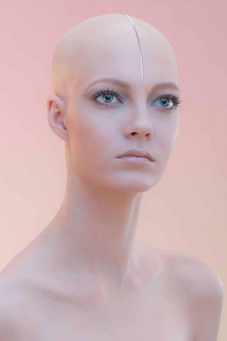 авторизации бритая девушка фото сексуальны