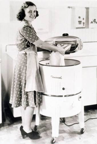 tub washer with wringer, circa 1940s-1950s
