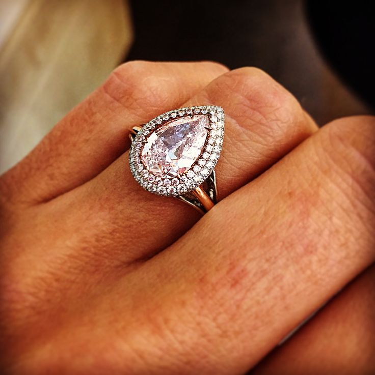 203ct Pear Shaped Pink Diamond Fancy Pinks Have Only Been Found In A Few