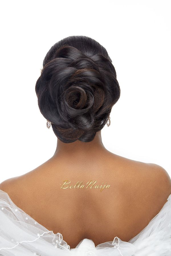What a beautiful large low bun! Care however should be taken before adopting such hairstyles, as due to it's high static charge, it will cause phlegm to move up in the throat, causing the voice to quaver & a frequent urge to clear the throat. A heavy chabi chhalla with a long & wide hook if inserted at the edge of the pleats of the saree, will reduce this problem as it's hook will activate the acupressure points that act to keep the throat clear.