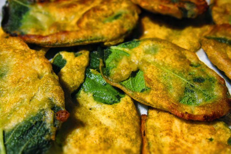 Vegan Food: Foglie di salvia fritte in farina di lenticchie ve...