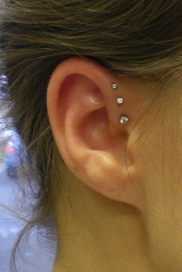 Triple forward helix piercings