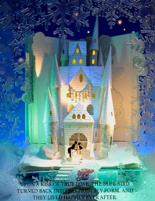Tiffany's of Beverly Hills holiday window display (via Style in Town)