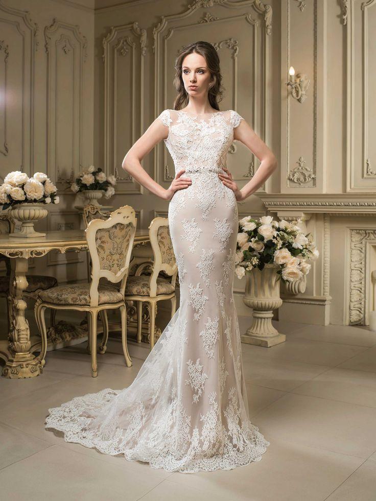 Nádherné čipkované svadobné šaty v štýle morská panna