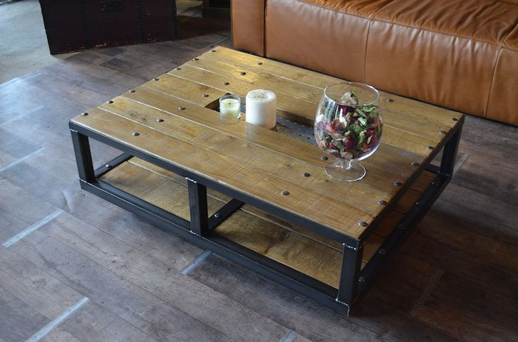 Table basse style industriel roulettes fabrication - Table basse bois brut design ...