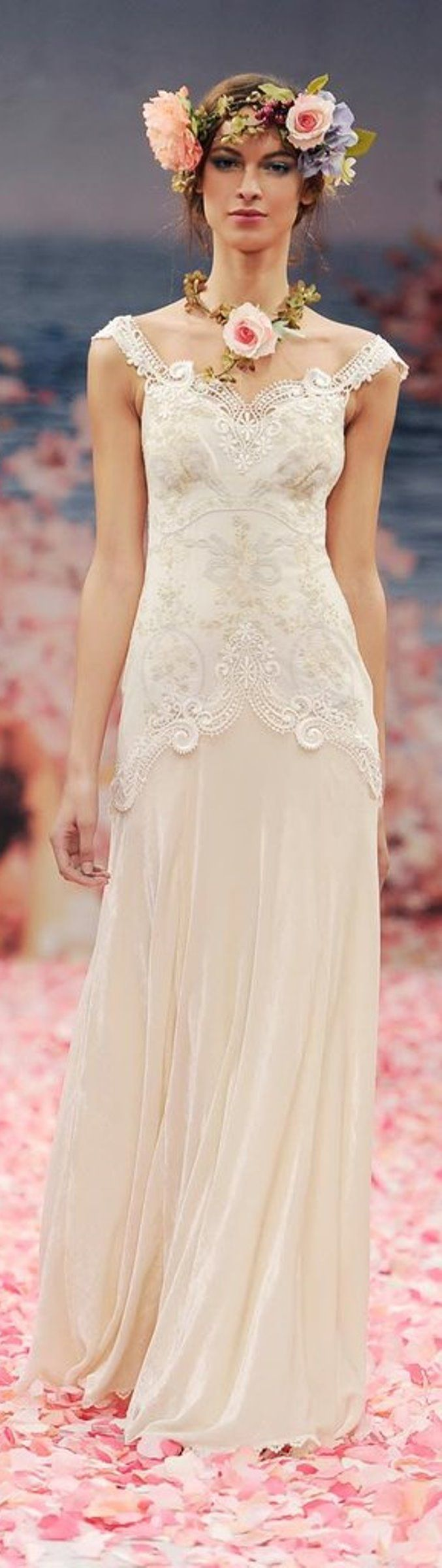 55 best images about SAMPLE SALE Wedding Dresses on Pinterest