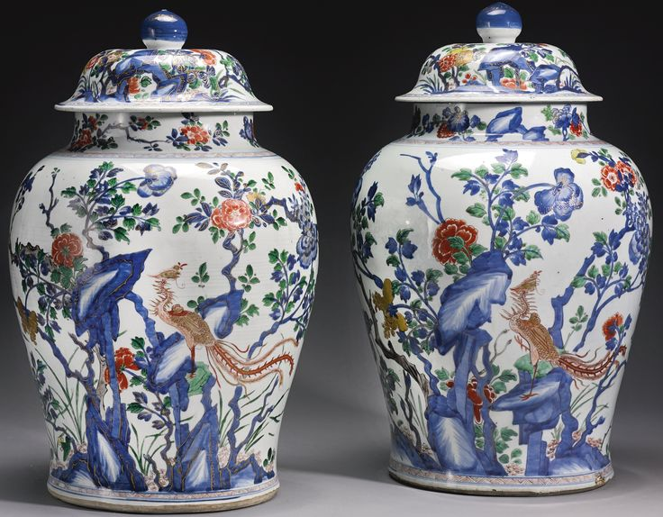 A LARGE PAIR OF FAMILLE-VERTE 'PHOENIX' JARS AND COVERS, QING DYNASTY, KANGXI PERIOD | lot | Sotheby's Estimate $35,000-55,000