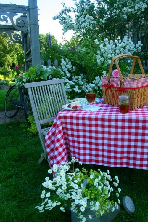 Make And Take Room In A Box Elizabeth Farm: 210 Best Images About Picnic Baskets On Pinterest