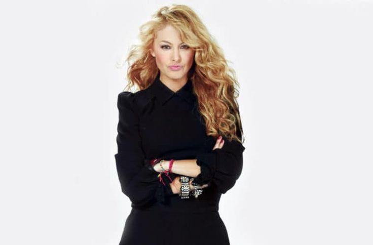 PAULINA RUBIO Y SELENA GOMEZ PREPARAN UN DUETO - http://www.labluestar.com/paulina-rubio-y-selena-gomez-preparan-un-dueto/ - #PAULINA-RUBIO, #Selena-Gomez