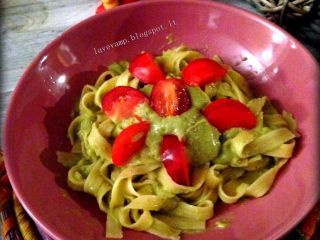 Tagliatelle di Mais Con Crema di Avocado aromatizzata alla Graviola