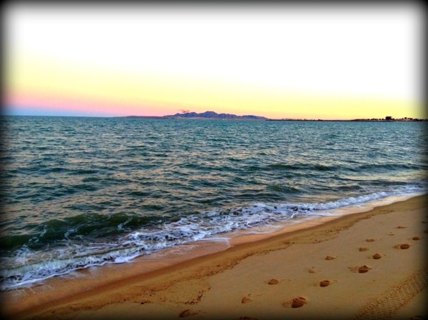 Beautiful Dusk Colors on the Beach of San Felipe, Baja California - More photos here: http://malecon.sanfelipe.com.mx/2012/12/love-the-baja-life-friday-december-21-2012/