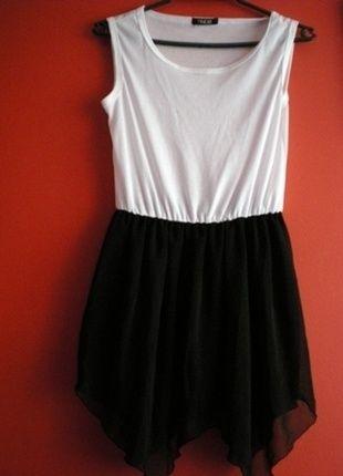 Kup mój przedmiot na #vintedpl http://www.vinted.pl/damska-odziez/krotkie-sukienki/12661070-sukienka-tunika-tiul-lekka-czarna-uniwersalna-lekka-krutka