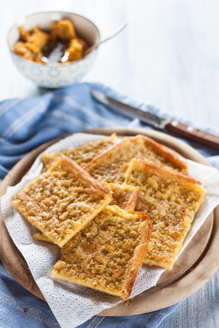 Chickpea cake with carrot hummus Cecina e hummus