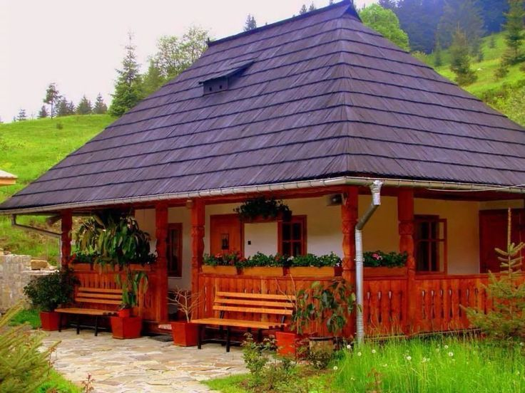 17 best images about case tradi ionale on pinterest for Traditional small homes