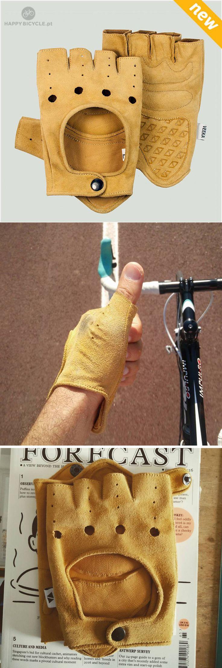 Vintage styled suede bicycle gloves
