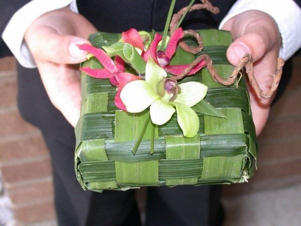 tropical wedding ring pillow